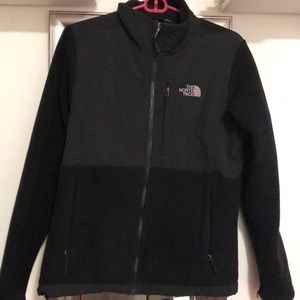 The North Face never stop exploring jacket